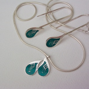 Retro enamelled necklace and earrings by Elizabeth Anne Norris