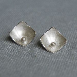 Squares and Pearls stud earrings